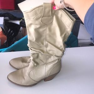 Ruched Country Style Boots